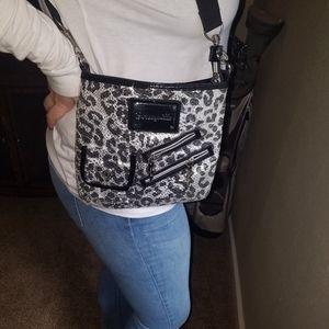 Betsy Johnson over the shoulder bag pattern.
